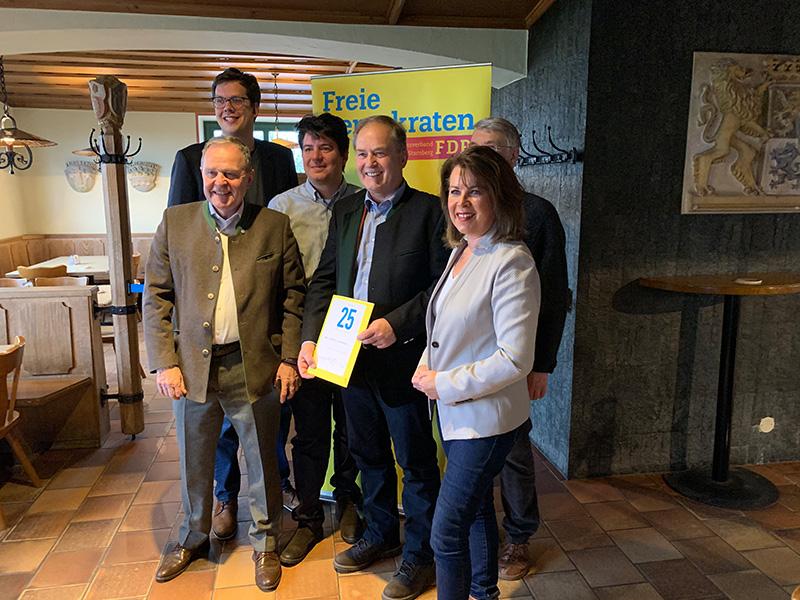 Dr. Rudolf Lindermayer mit den Rednern der Jahresabschlussveranstaltung in Andechs